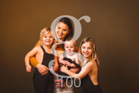 Lea, senna, milia. MOMS&KIDS