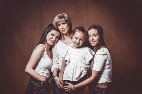 Ainixe. Mother&love